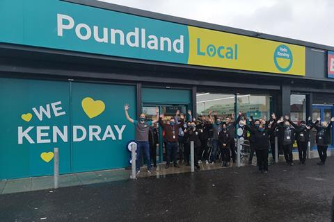 Poundland Local Kendray colleagues get ready to open (2)