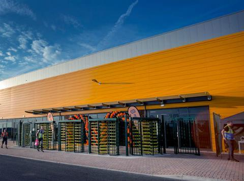 New Amazon fulfilment centre to open in Rugby | News | The