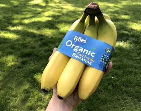 Fyffes_Organic Bananas_Compostable Packaging