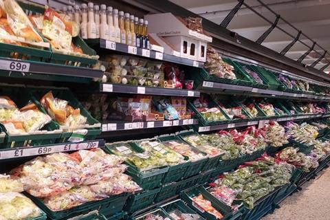Tesco salad lettuce veg aisle