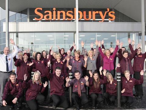 131378_Sainsburys-staff